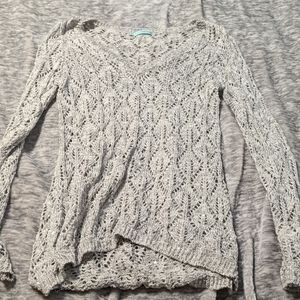 V-neck knitted sweater gray silver